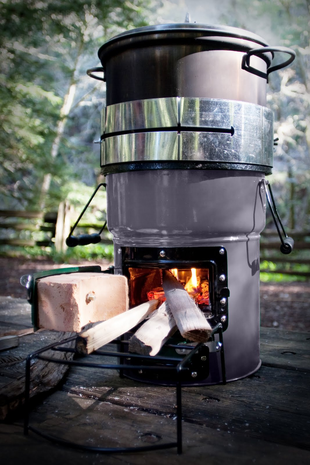 Is It Better To Burn Wood Or Charcoal